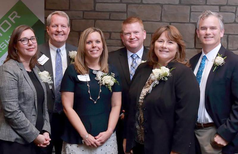 Securitec President Doug Williams (center) receives Leadership Medina 2018 Excellence in Business Leadership award.